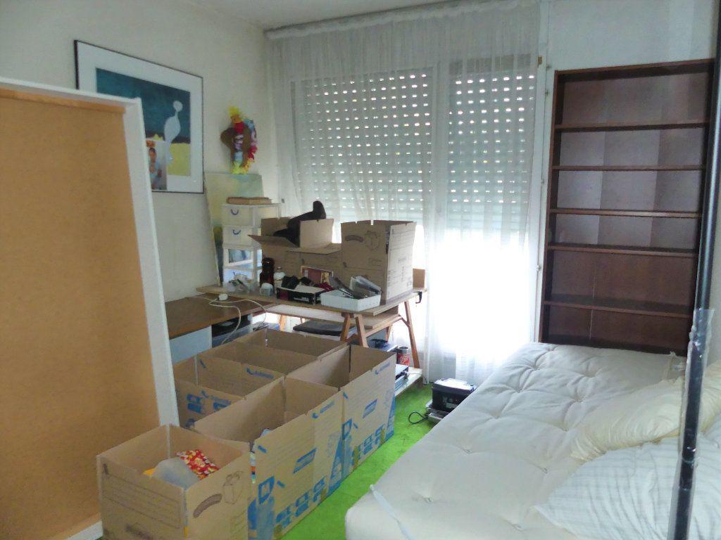 Appartement à vendre 4 97m2 à Villennes-sur-Seine vignette-9