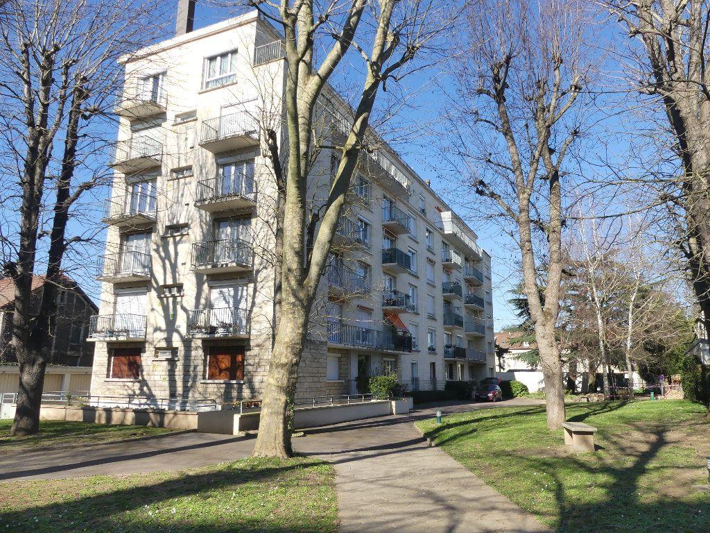 Appartement à vendre 3 67.67m2 à Mantes-la-Jolie vignette-1