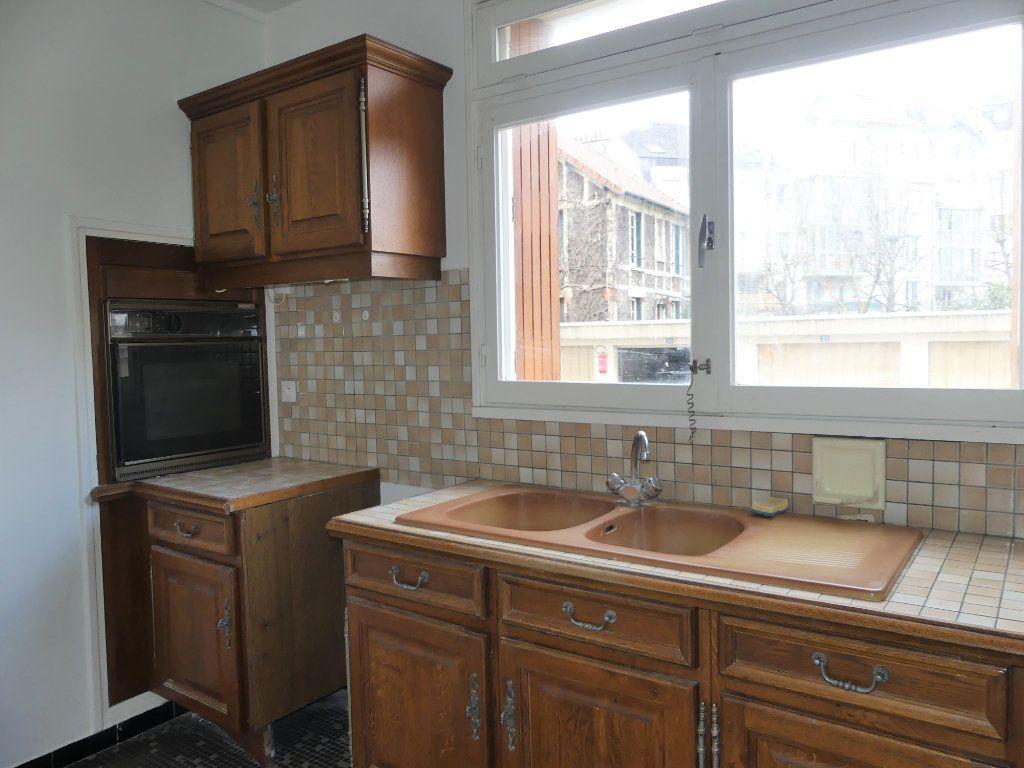 Appartement à vendre 3 67.67m2 à Mantes-la-Jolie vignette-5