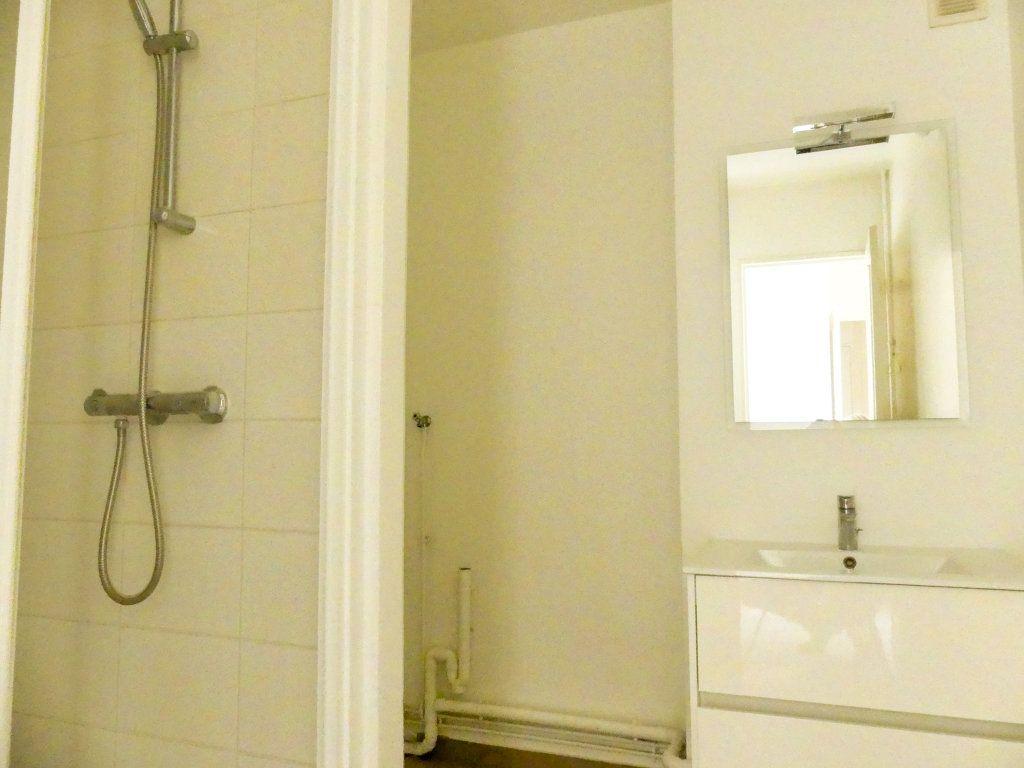 Appartement à vendre 3 67.67m2 à Mantes-la-Jolie vignette-6