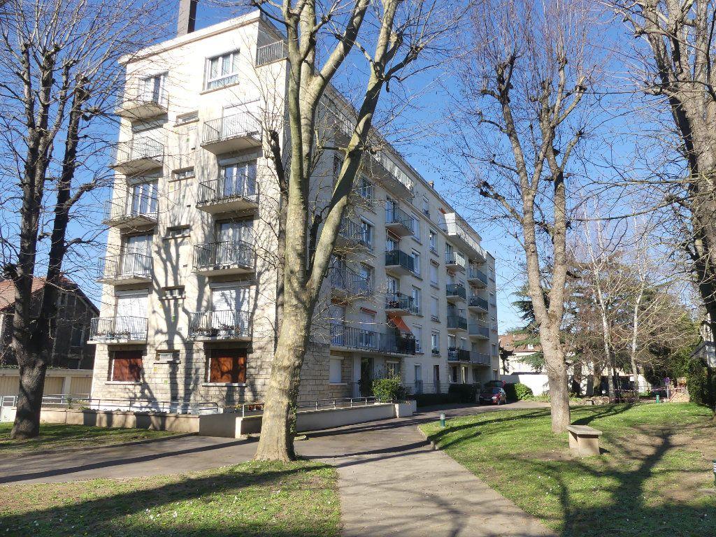 Appartement à vendre 3 67m2 à Mantes-la-Jolie vignette-2
