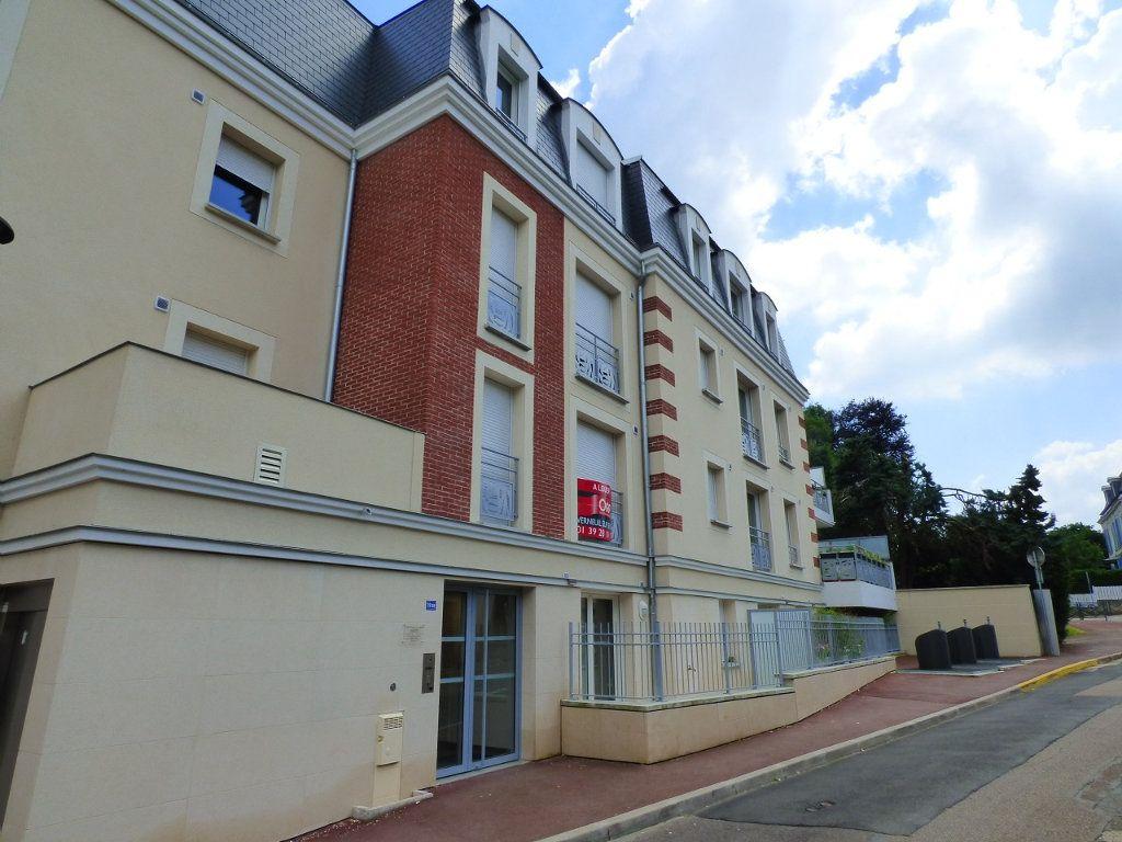 Appartement à louer 2 40.2m2 à Verneuil-sur-Seine vignette-1