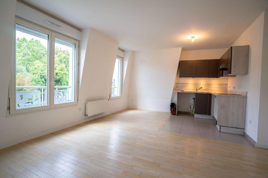 Appartement à louer 2 40.2m2 à Verneuil-sur-Seine vignette-2