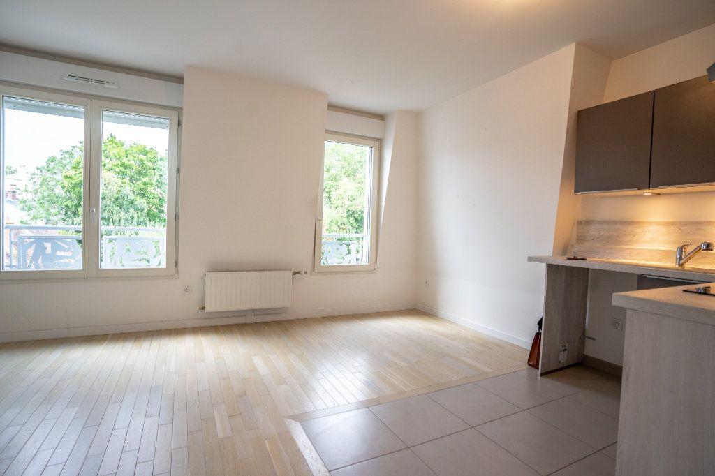 Appartement à louer 2 40.2m2 à Verneuil-sur-Seine vignette-3