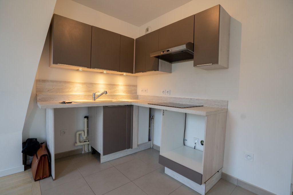 Appartement à louer 2 40.2m2 à Verneuil-sur-Seine vignette-4