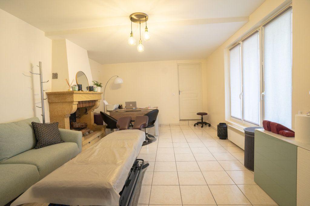 Appartement à louer 3 55m2 à Chanteloup-les-Vignes vignette-2