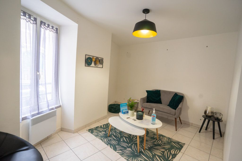 Appartement à louer 3 55m2 à Chanteloup-les-Vignes vignette-5