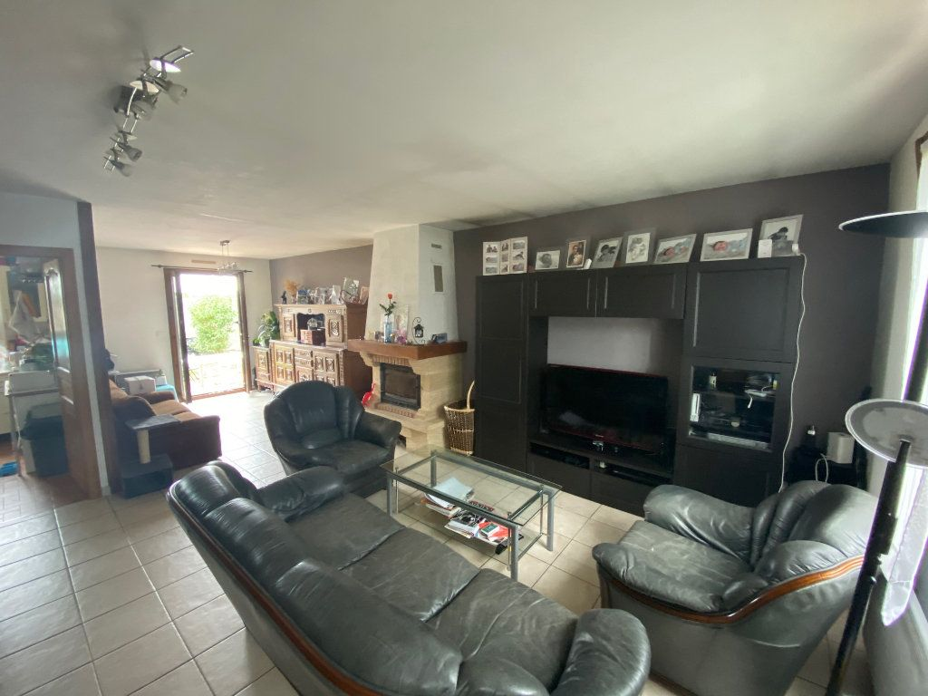 Maison à vendre 6 90m2 à Chelles vignette-3