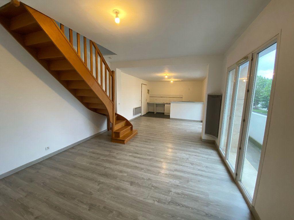 Appartement à vendre 2 49.22m2 à Chelles vignette-3