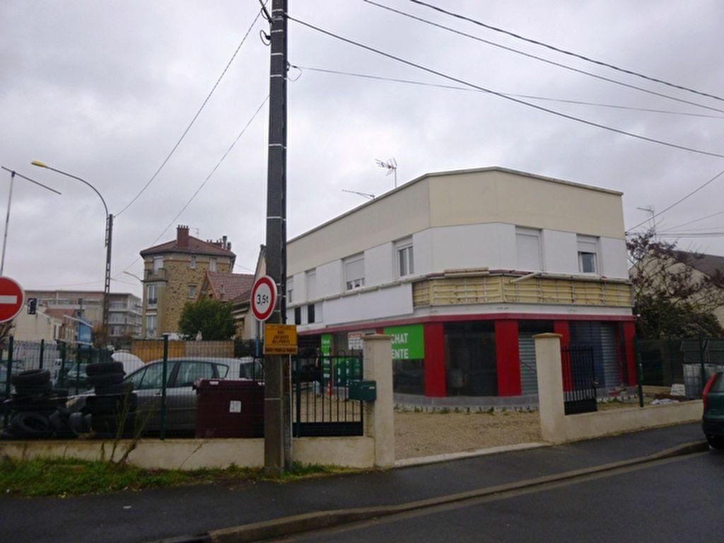 Immeuble à vendre 0 177m2 à Chelles vignette-3