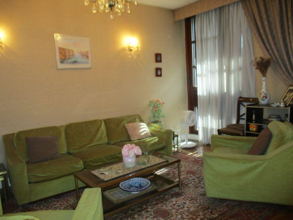 Appartement à vendre 5 91.75m2 à Saint-Cyr-l'École vignette-1