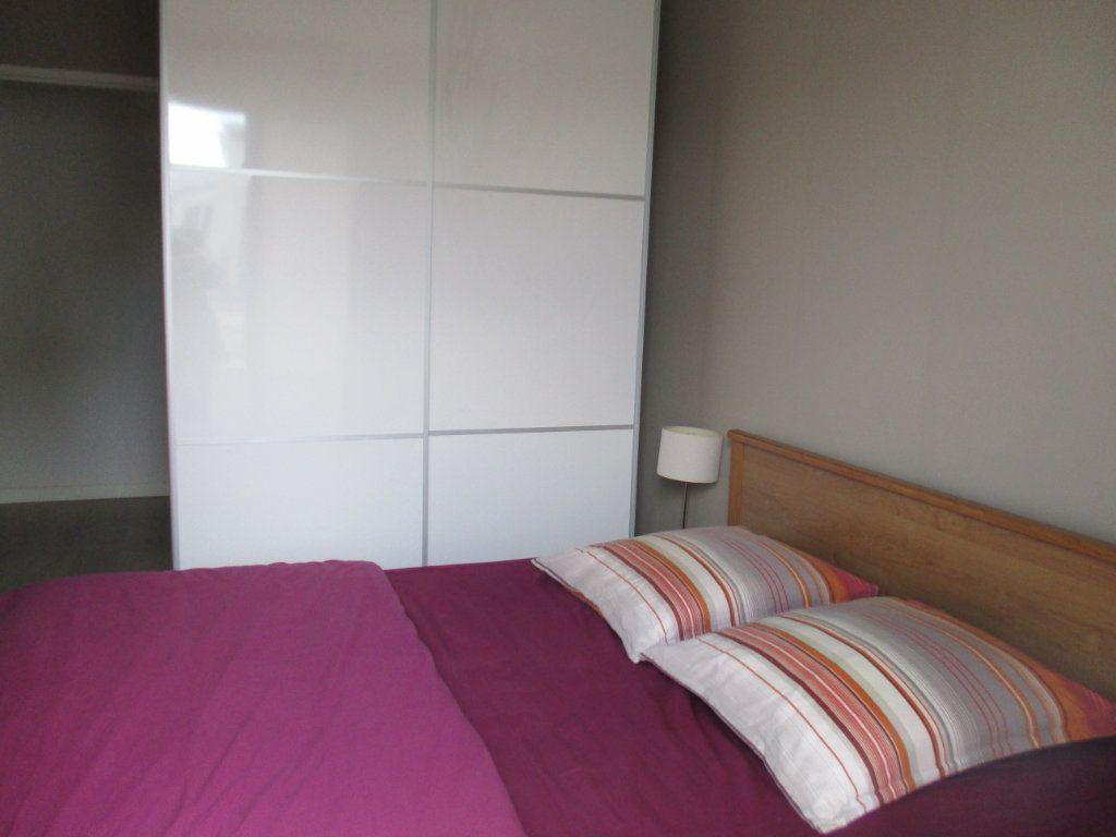 Appartement à vendre 3 66m2 à Saint-Cyr-l'École vignette-5