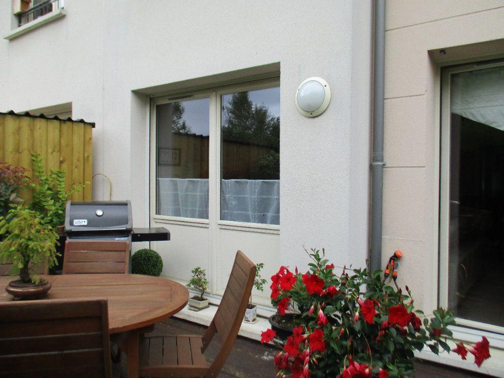 Maison à vendre 6 110m2 à Saint-Cyr-l'École vignette-1