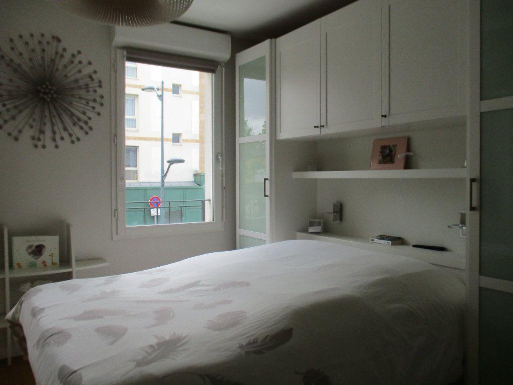 Maison à vendre 6 110m2 à Saint-Cyr-l'École vignette-6