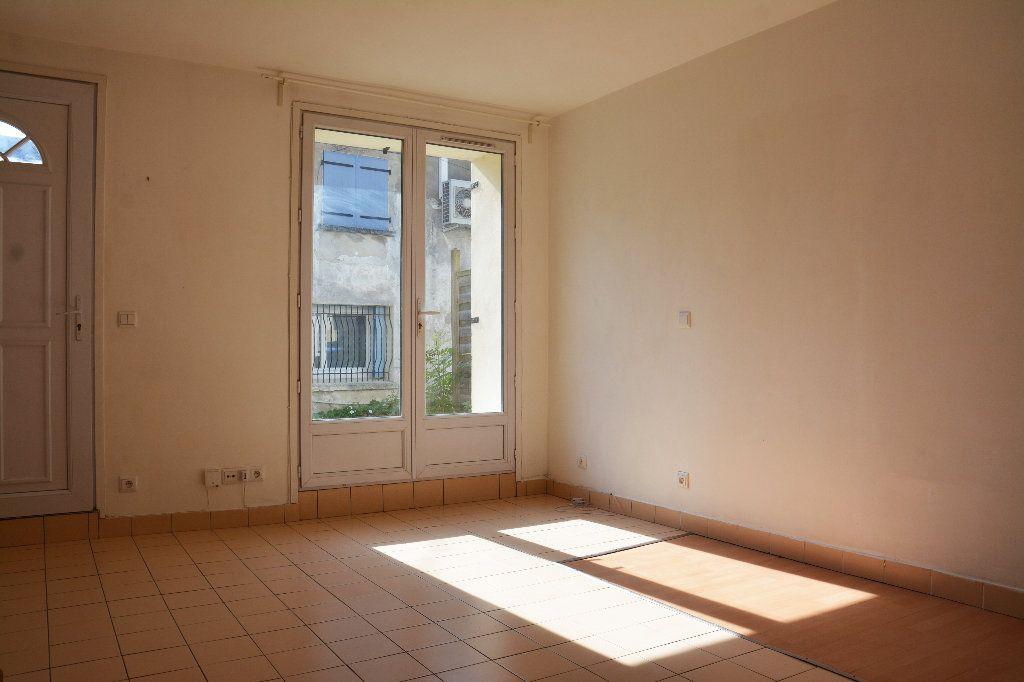 Appartement à louer 2 40m2 à Esbly vignette-2