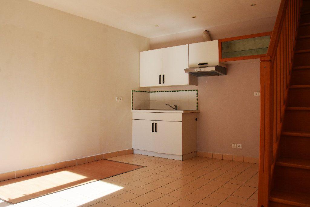 Appartement à louer 2 40m2 à Esbly vignette-3
