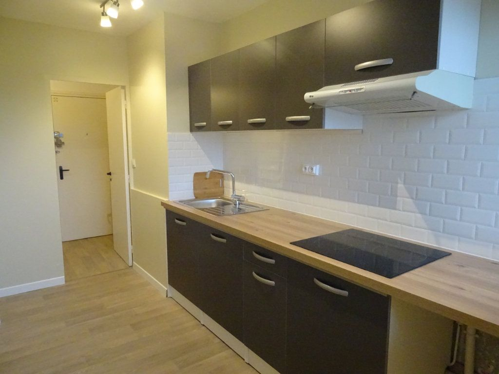 Appartement à louer 2 46.07m2 à Meaux vignette-1