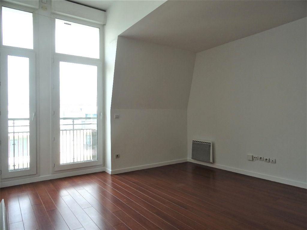 Appartement à louer 2 40.87m2 à Meaux vignette-1