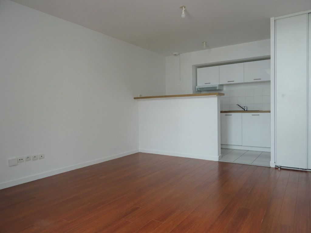 Appartement à louer 2 40.87m2 à Meaux vignette-2