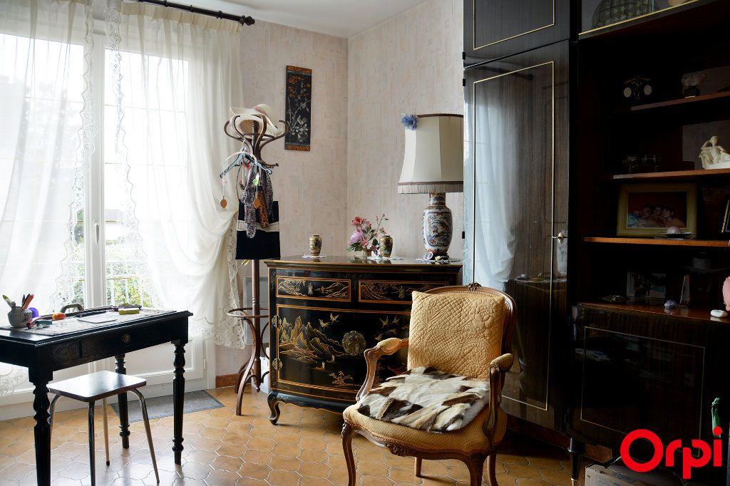 Maison à vendre 6 140m2 à Condé-Sainte-Libiaire vignette-5