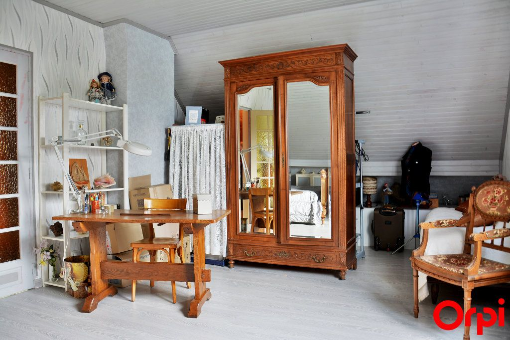 Maison à vendre 6 140m2 à Condé-Sainte-Libiaire vignette-7