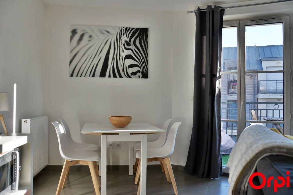 Appartement à vendre 2 43m2 à Coupvray vignette-2