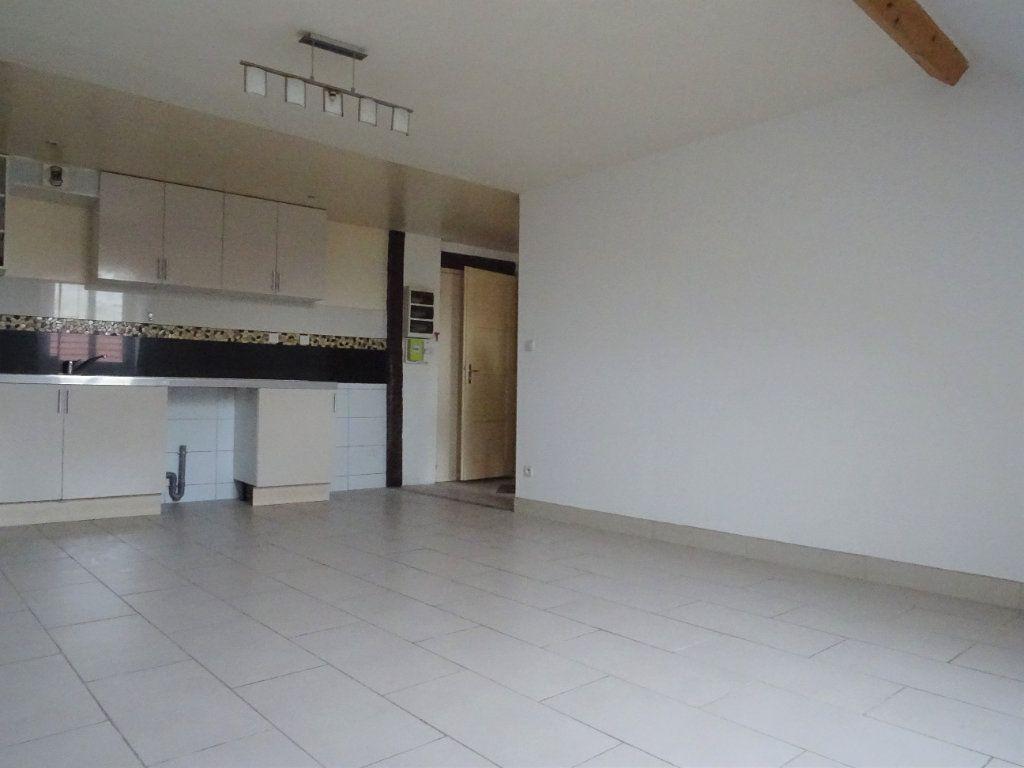 Appartement à louer 2 37.44m2 à Meaux vignette-3