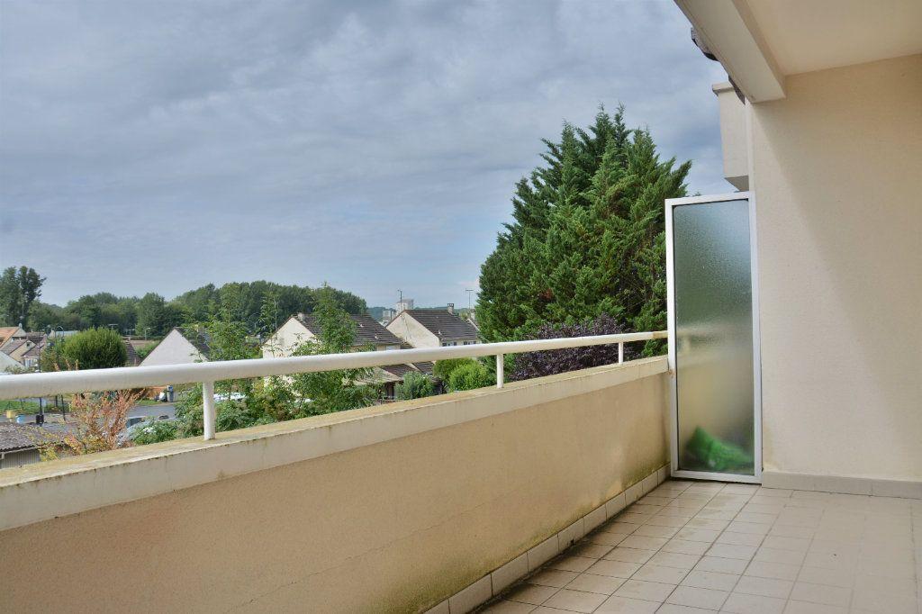Appartement à louer 3 63m2 à Esbly vignette-5