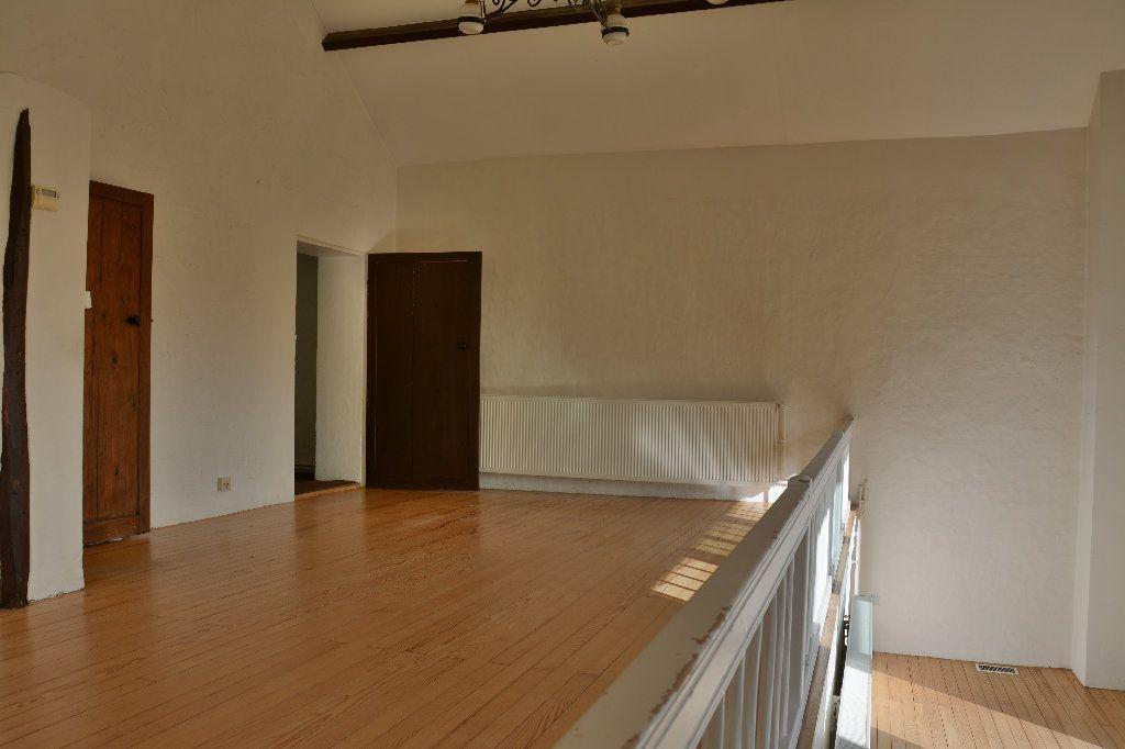 Maison à louer 4 116.98m2 à Tigeaux vignette-6