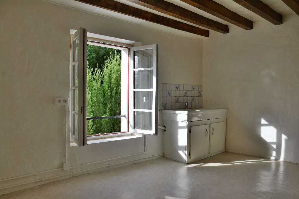 Maison à louer 4 116.98m2 à Tigeaux vignette-7