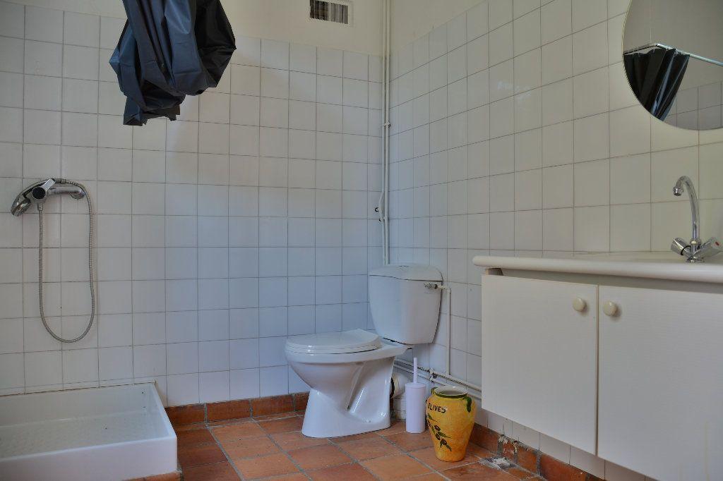 Maison à louer 4 116.98m2 à Tigeaux vignette-12