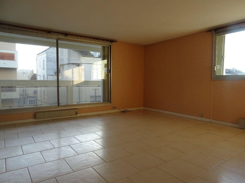 Appartement à louer 3 77.74m2 à Meaux vignette-3