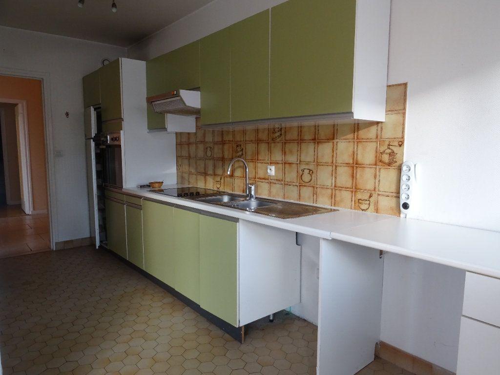 Appartement à louer 3 77.74m2 à Meaux vignette-4