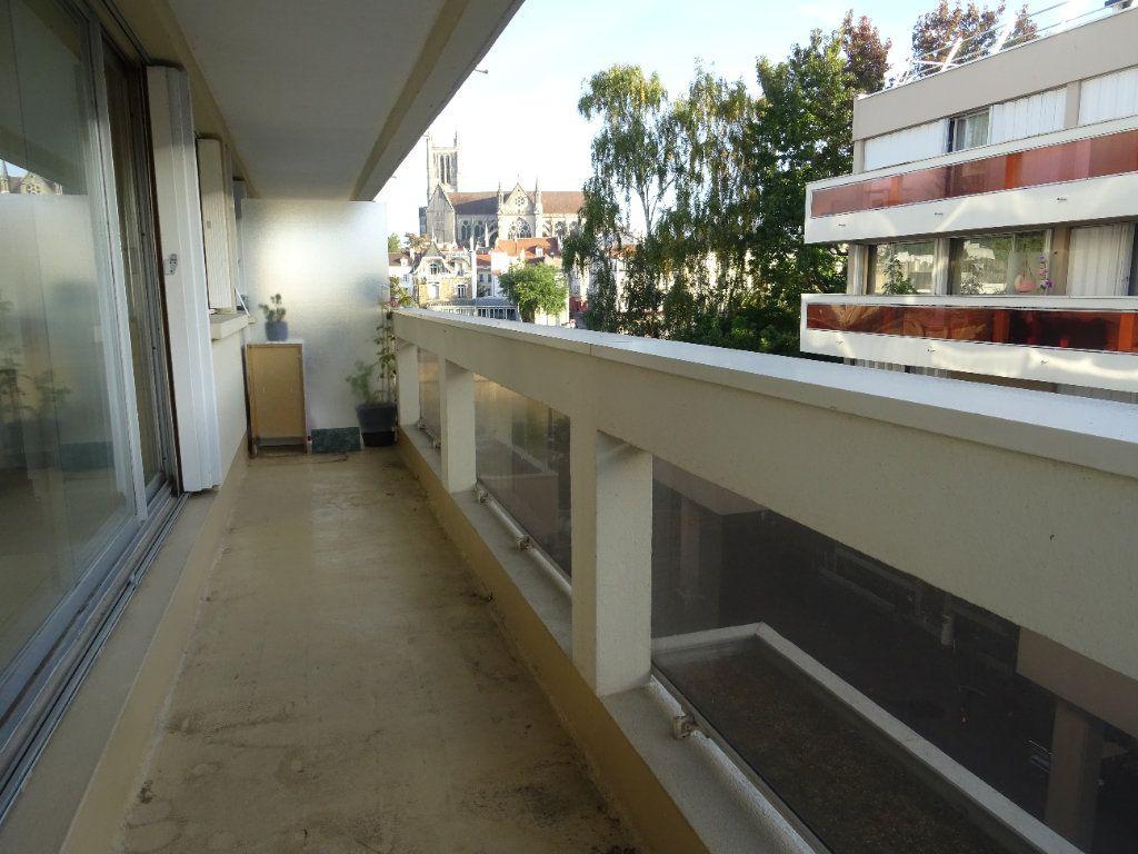 Appartement à louer 3 77.74m2 à Meaux vignette-5