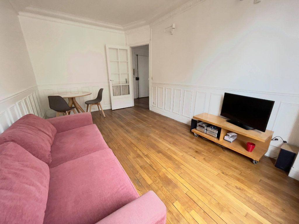Appartement à louer 2 38m2 à Montrouge vignette-3