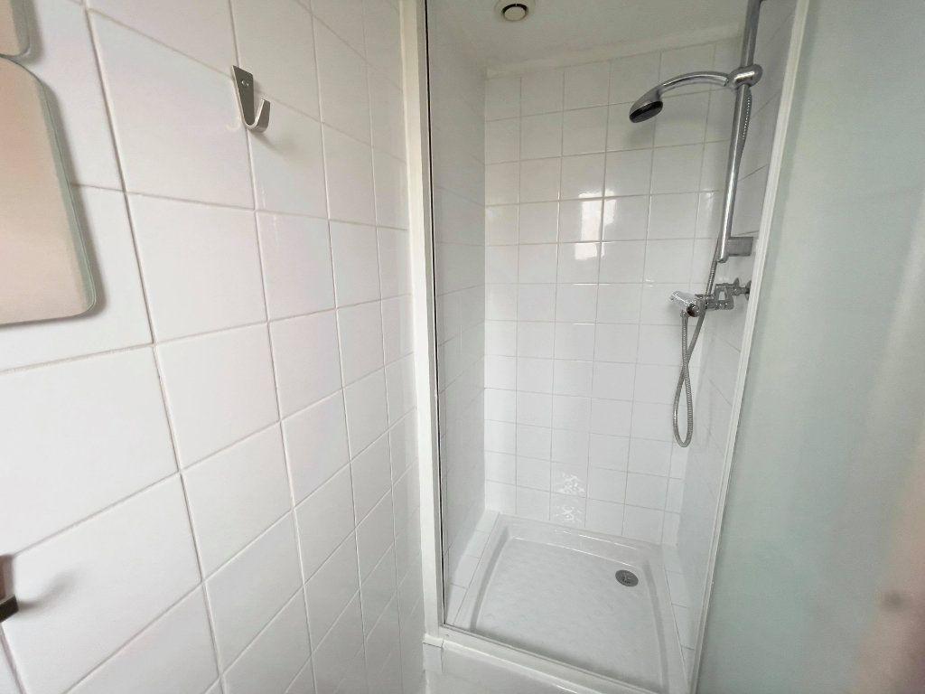 Appartement à louer 2 38m2 à Montrouge vignette-11