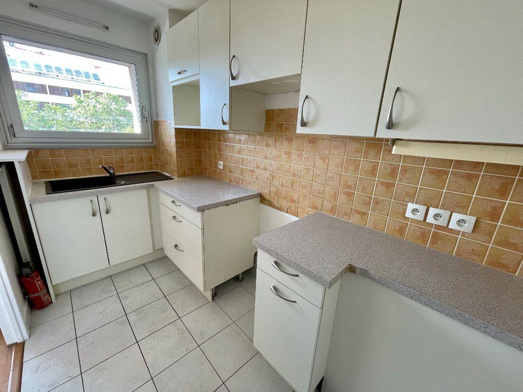 Appartement à vendre 3 63m2 à Montrouge vignette-6