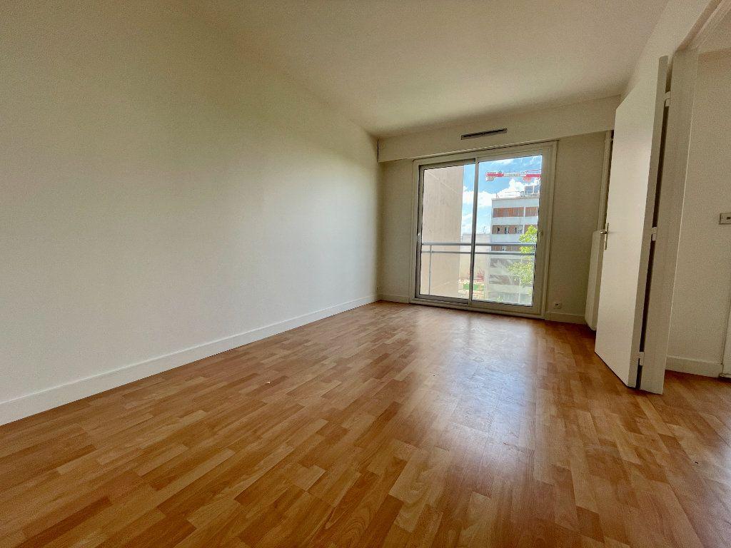Appartement à vendre 3 63m2 à Montrouge vignette-7