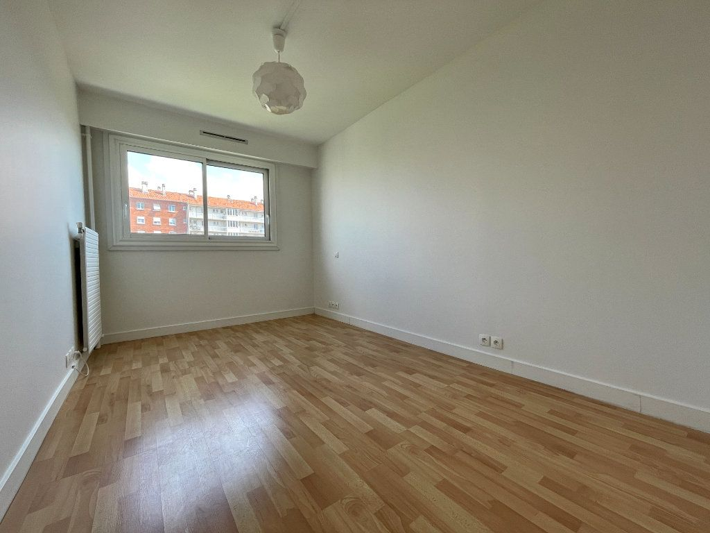 Appartement à vendre 3 63m2 à Montrouge vignette-8
