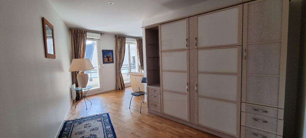 Appartement à louer 2 47.09m2 à Montrouge vignette-4