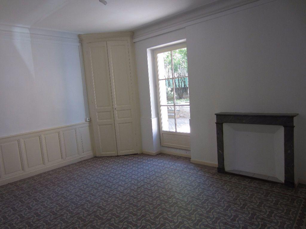 Appartement à louer 3 78m2 à Pertuis vignette-4