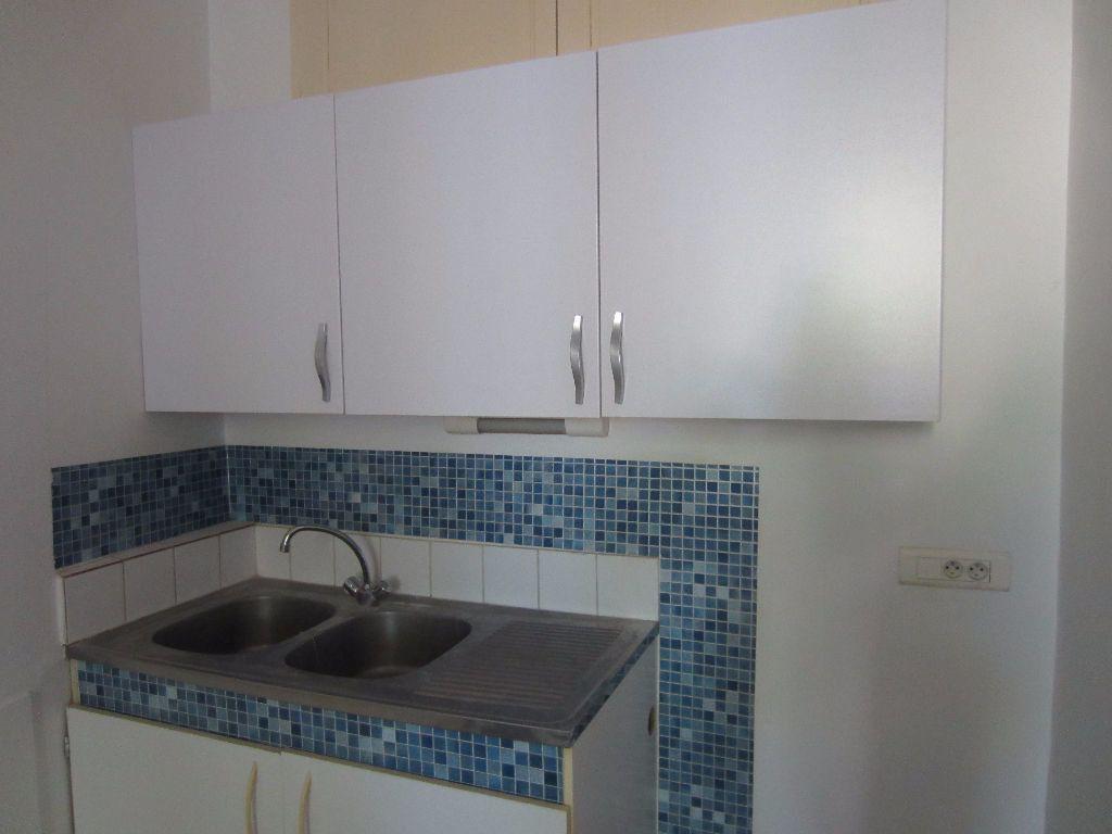 Appartement à louer 3 78m2 à Pertuis vignette-7