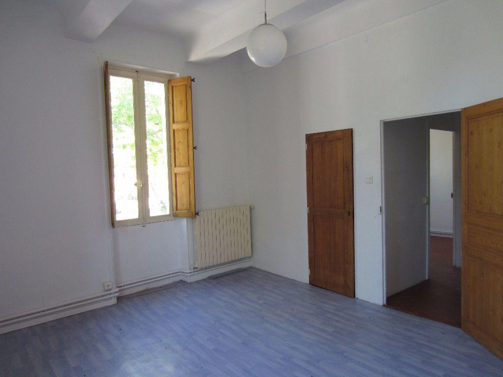 Appartement à louer 3 78m2 à Pertuis vignette-9