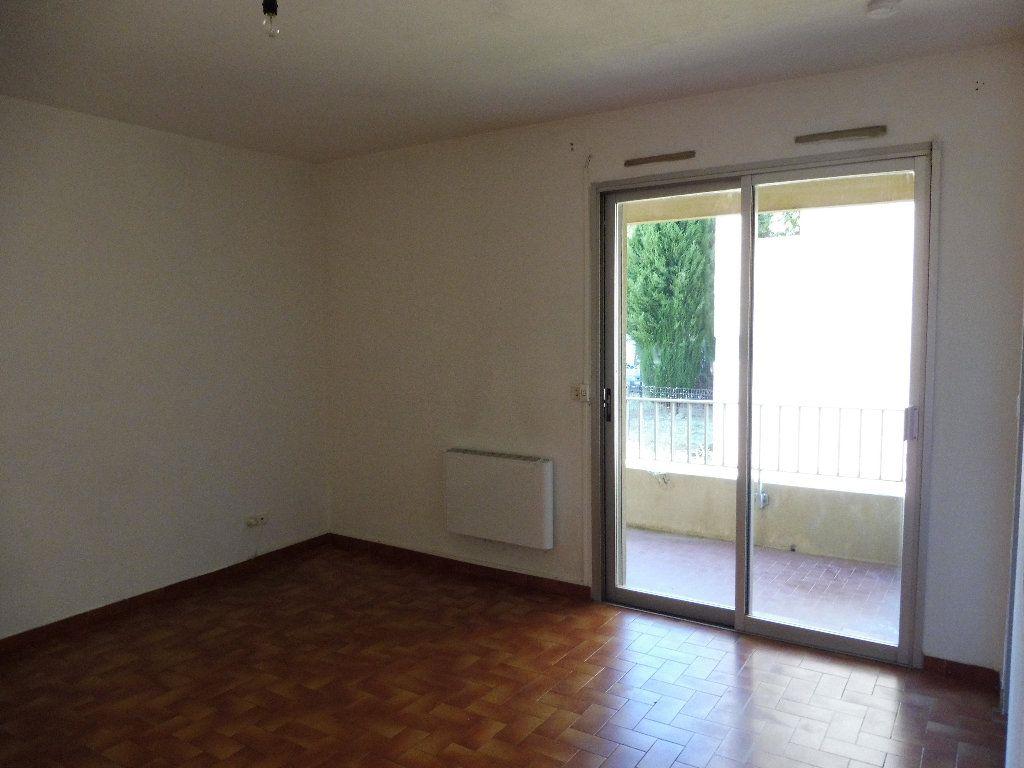 Appartement à louer 2 36m2 à Pertuis vignette-2