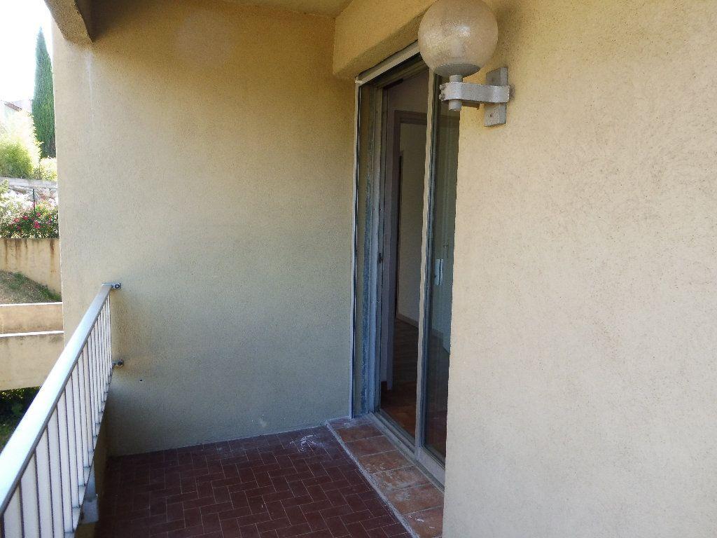 Appartement à louer 2 36m2 à Pertuis vignette-11