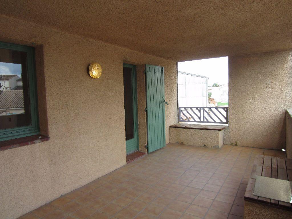 Appartement à louer 2 37m2 à Pertuis vignette-1