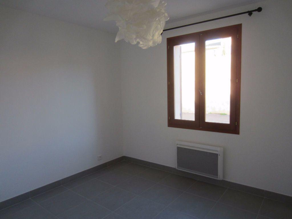 Appartement à louer 2 40m2 à Pertuis vignette-10