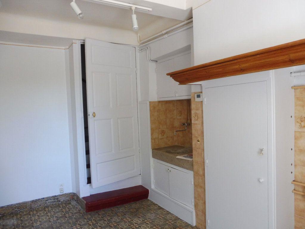 Maison à louer 3 78m2 à Cabrières-d'Aigues vignette-3