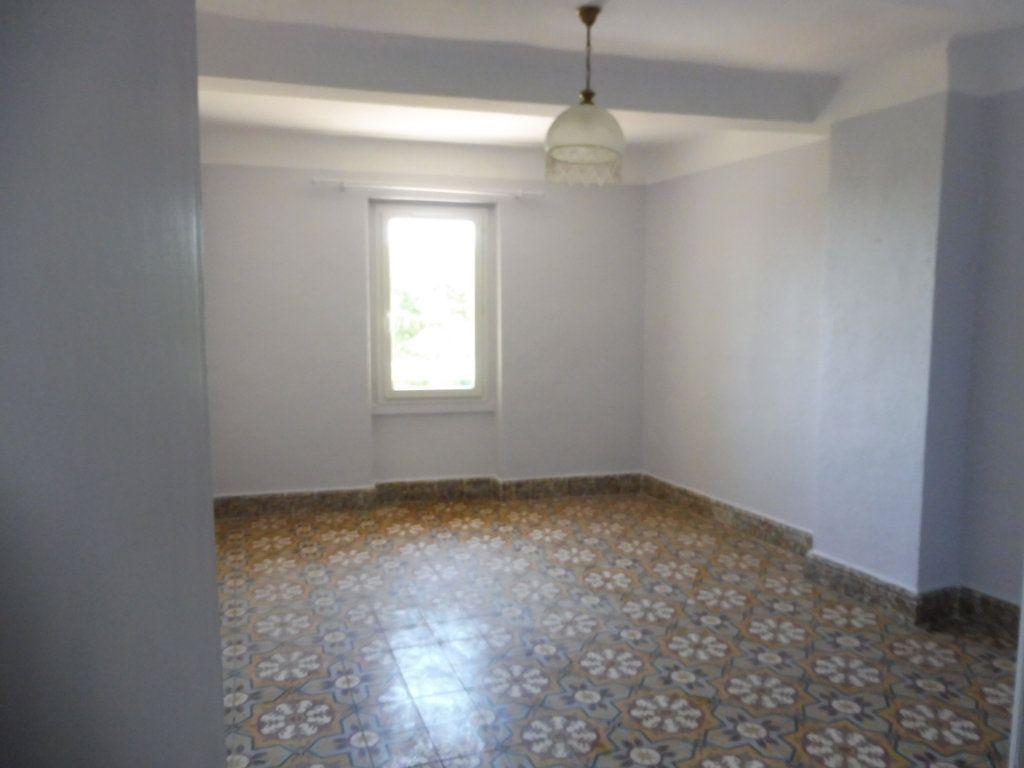 Maison à louer 3 78m2 à Cabrières-d'Aigues vignette-8