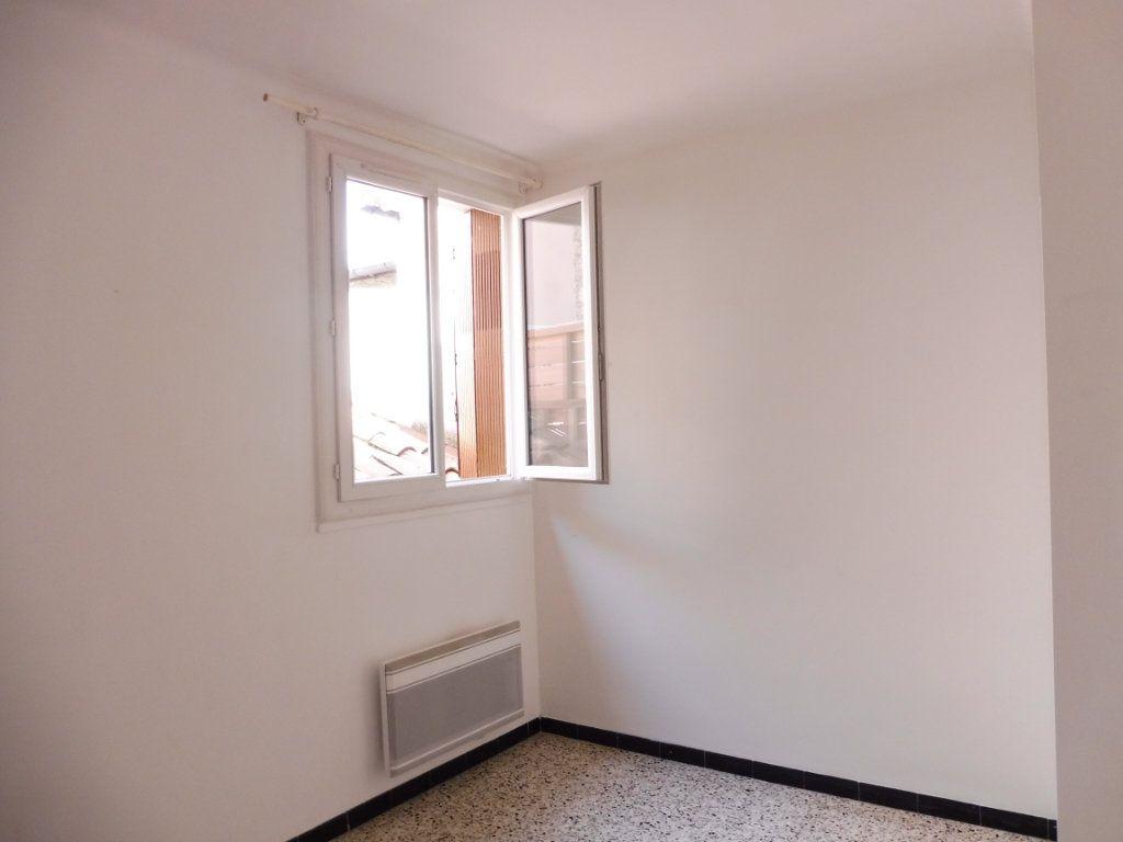 Appartement à louer 2 47m2 à Pertuis vignette-5